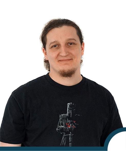 Adrian Adamczyk